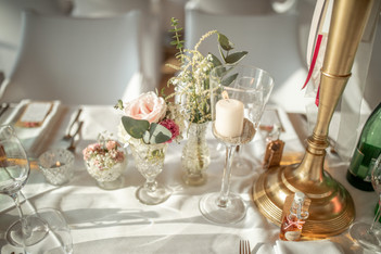 beautiful table deco on a wedding in austria