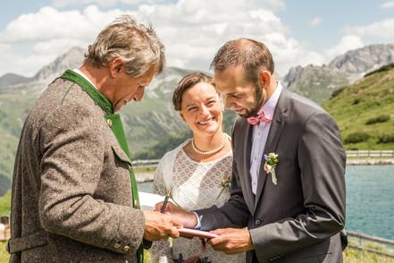 Hochzeit Lech Arlberg Kriegeralpe 038.jpg