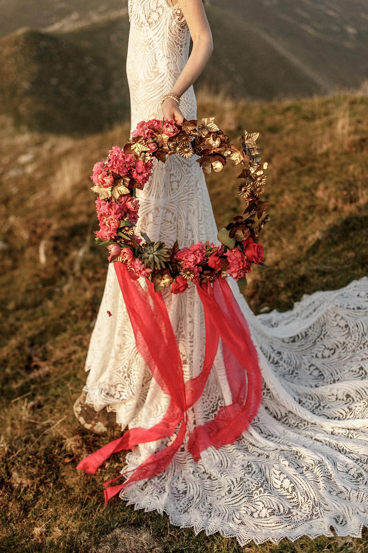 unique wedding bouquet - Mountaintop Elopement in Lake Como Italy || Destination Weddingphotographer Italy || Victoria Ruef - Bohoray Adventure Wedding & Elopementphotographer