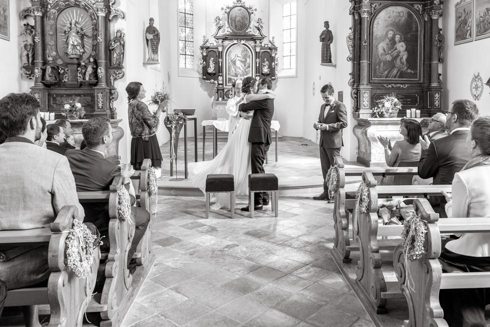 042-Trauung St. Corneli Kirche, Vorarlberg.jpg
