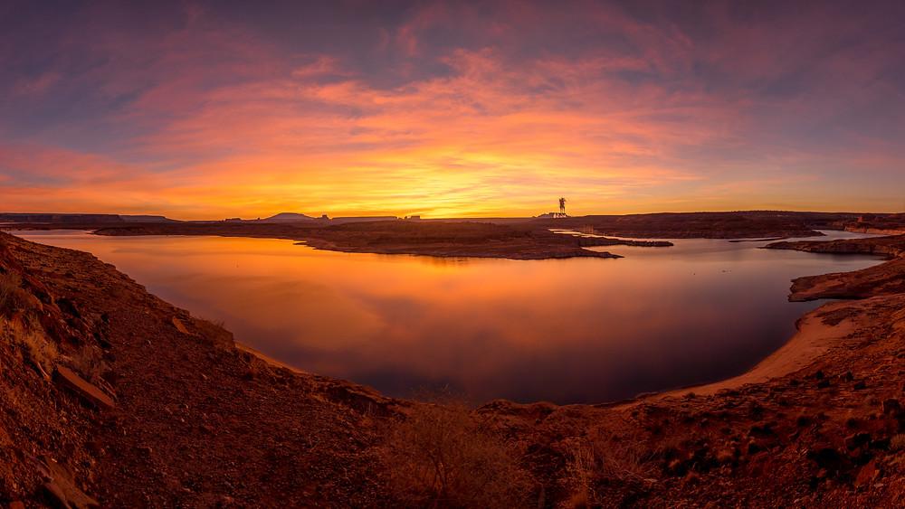 stunning Sunrise at Lake Powell