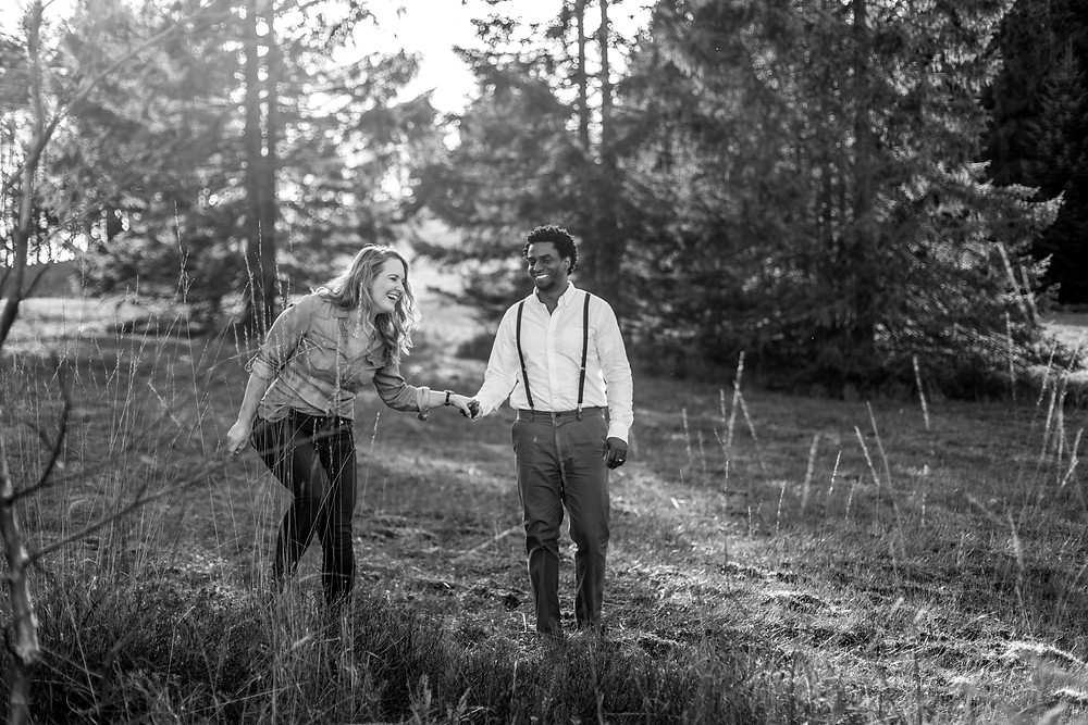 Adventure Couple Photography Session in the Austrian Alps / Vorarlberg / Bregenzerwald || Photos by Victoria Ruef - Bohoray Adventure Wedding and Elopementphotographer Europe