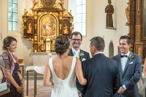 015-Trauung St. Corneli Kirche, Vorarlberg.jpg