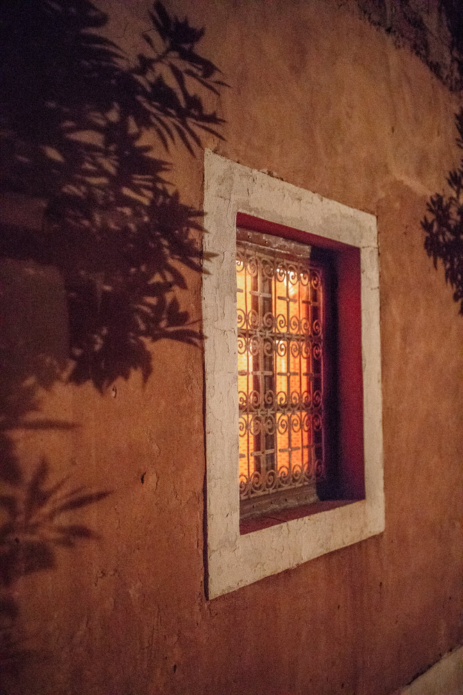 Cozy Riad in Ourzazate | Travel and Landscape Photography in Morocco Africa || Bohoray - Adventure Elopement and Wedding Photographer - Victoria Ruef || www.bohoray.com