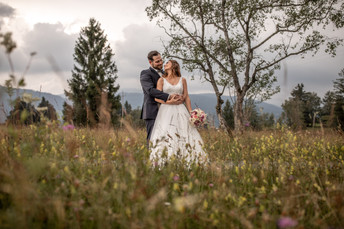 best wedding photographer austria - amazing wedding pictures in nature