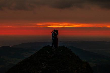 epic couple photos in Austria