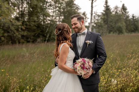bridal couple photos - catch every single beautiful moment - austrian wedding photographer