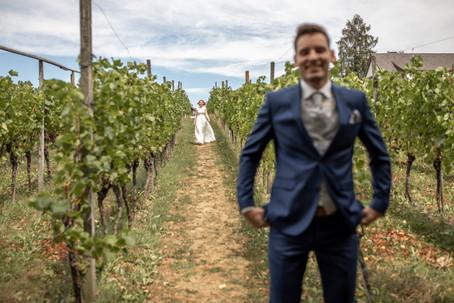 First Look am Hochzeitstag - Hochzeitsfotografie am Bodensee, in Nonnenhorn in Deutschland || Bohoray - Abendteuer Hochzeitsfotos und Elopementfotografin - Victoria Rüf || www.bohoray.com
