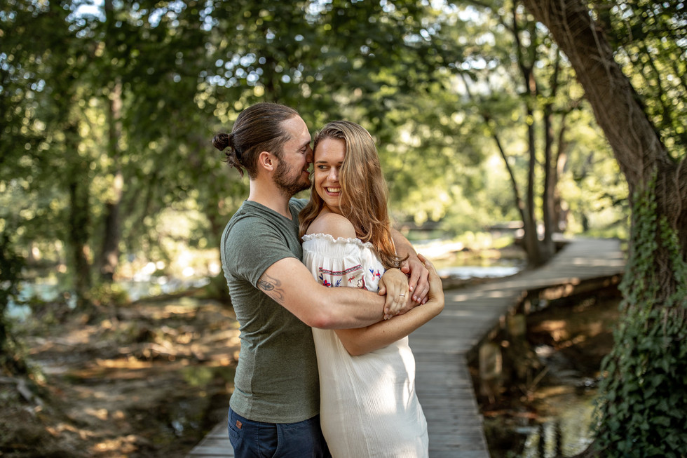 Paarfotos im krka nationalpark - elopement fotograf in kroatien - wild embrace