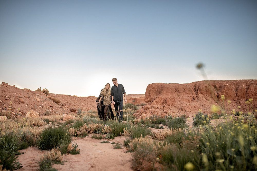 Engagement Photo Session in Ourzazate in Morocco || Wild Embrace Adventure Elopement and Wedding Photography  || Elopement Photographer Morocco || Wedding Photographer Africa