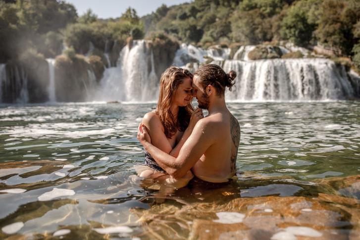 krka nationalpark kroatien - wilde emotionen auf fotos - elopement fotos