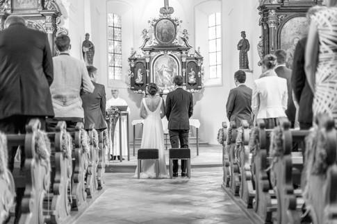 053-Trauung St. Corneli Kirche, Vorarlberg.jpg