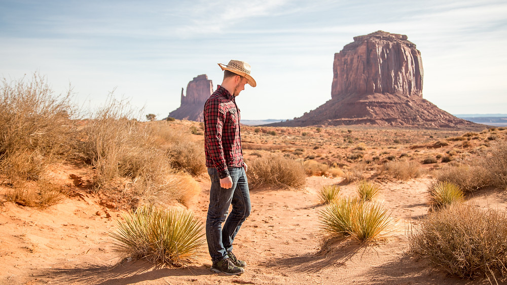 Fabian in fron of the Towers in Monument Valley Navajo Tribal Park