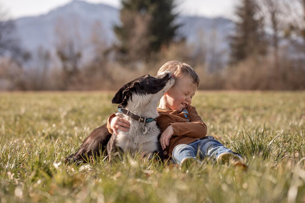 kinder fotos mit hund vorarlberg