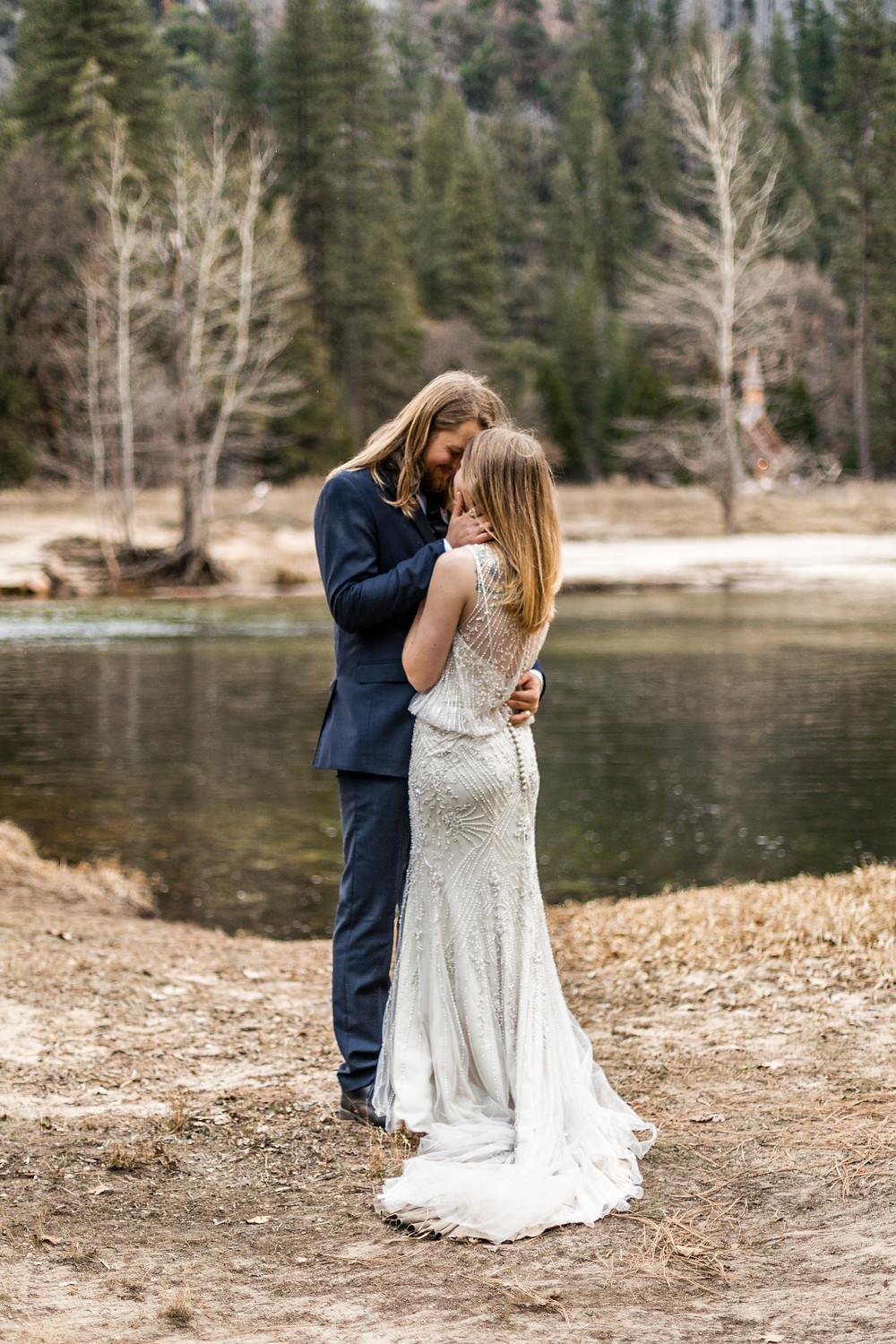 wedding photos in the nature