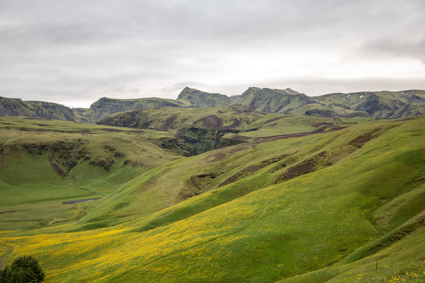 stunning nature and landscapephotography in Iceland || Bohoray - Adventure Wedding and Elopement Photographer Iceland - Victoria Ruef  || www.bohoray.com