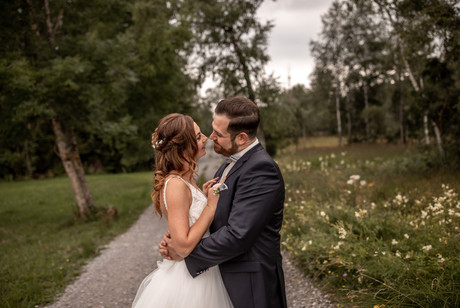 wedding photographer austria - we take the perfekt wedding, engagement, elopement, couple photos from you