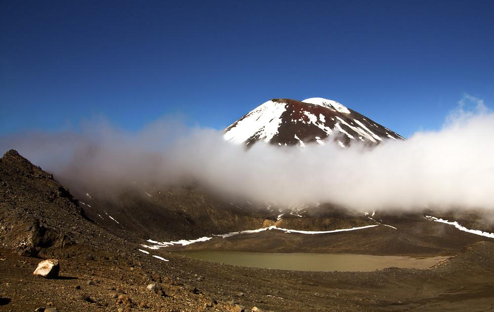 Vulkankrater beim Tongariro Crossing in Neuseeland