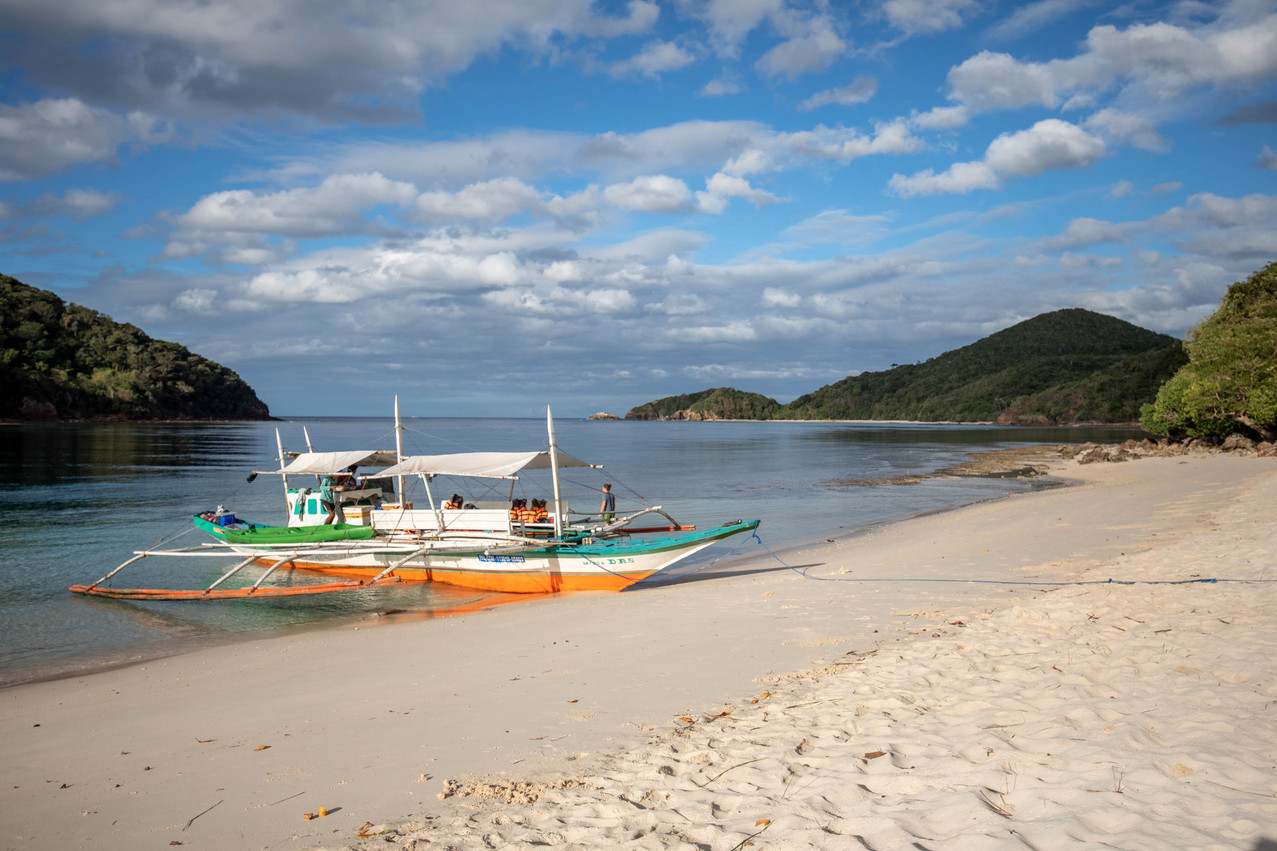 tour boat in the philippines - beautiful islands in the philippines