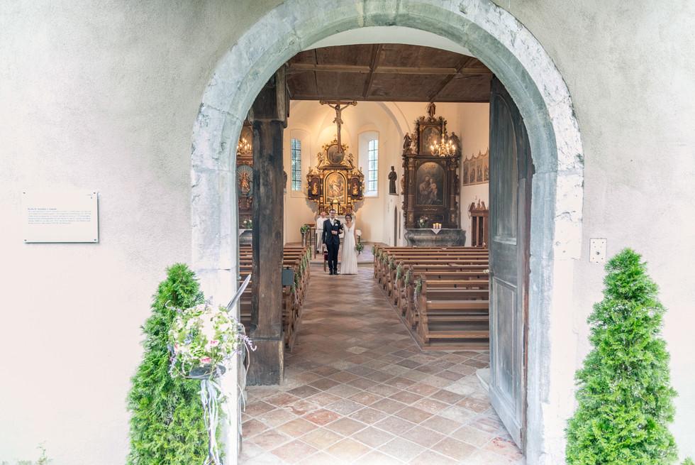 057-Trauung St. Corneli Kirche, Vorarlberg.jpg