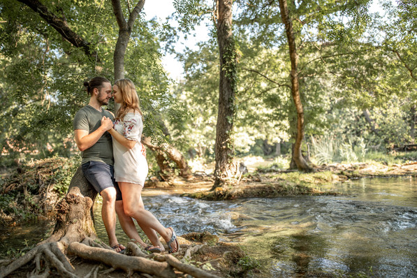 couple pictures in nature - couple photos in croatia
