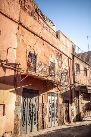the medina of Marrakech | Travel and Landscape Photography in Morocco Africa || Bohoray - Adventure Elopement and Wedding Photographer - Victoria Ruef || www.bohoray.com