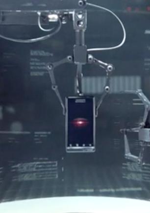 "Verizon+Motorola+Google ""Droid Does"" Launch"