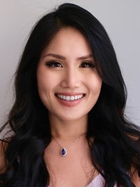 Rachel Leung Headshot