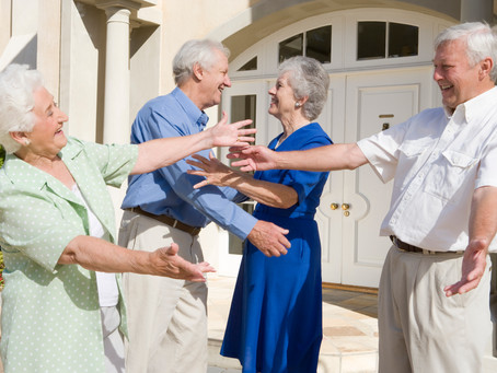 Simple strategies to meet the neighbors after moving