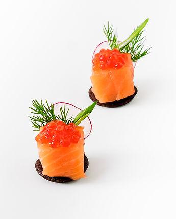 salmon_wtih_caviar.jpg