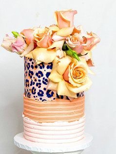 Lolo_Loves_Cakes_Floral
