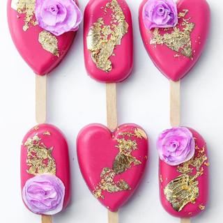 CocoaAndSilk Heart Cakecicles