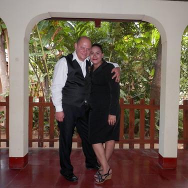 Pastores Rudy Y Karen Centeno