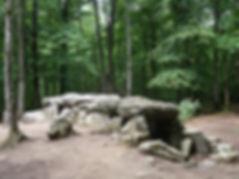 La Roche aux Fées, Tressé, megalith