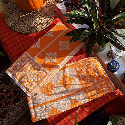 Vintage Orange Towel Set of 2