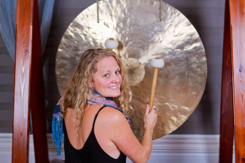 Laura w gong.jpg