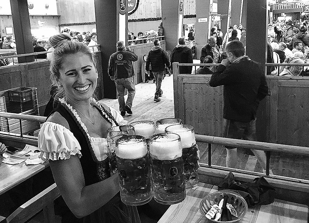 what to wear oktoberfest, tips for oktoberfest