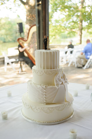 cake with harp in background.jpg