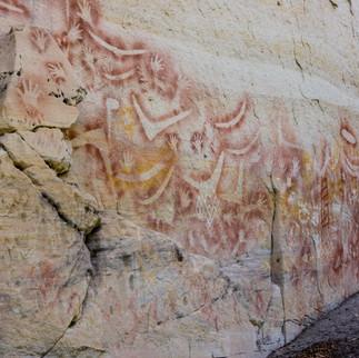 shut QLD Carnarvon Aborig Rock Paint.jpg