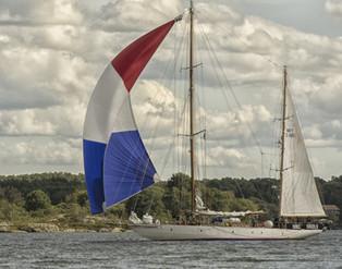 HMCS Oriole 7233