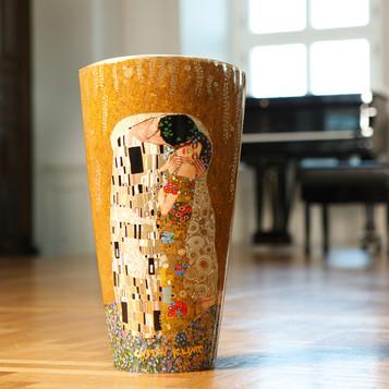 ARTIS-ORBIS_Klimt_Der_Kuss_Vase_66489204