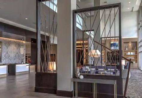 Hilton Cool Springs Hotel Lobby