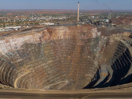 Glencore tiếp quản nhà sản xuất hàng đầu của Đức và mở rộng khai thác than đá ở Úc