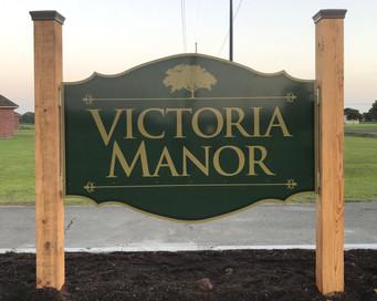 Victoria%20Manor-2_edited.jpg