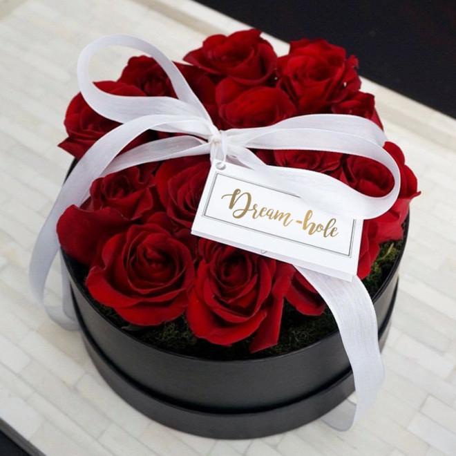Dream-hole Virágok dobozban Valentin napra