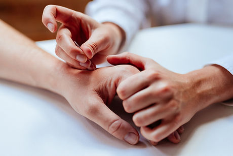 Hands acupuncture needling