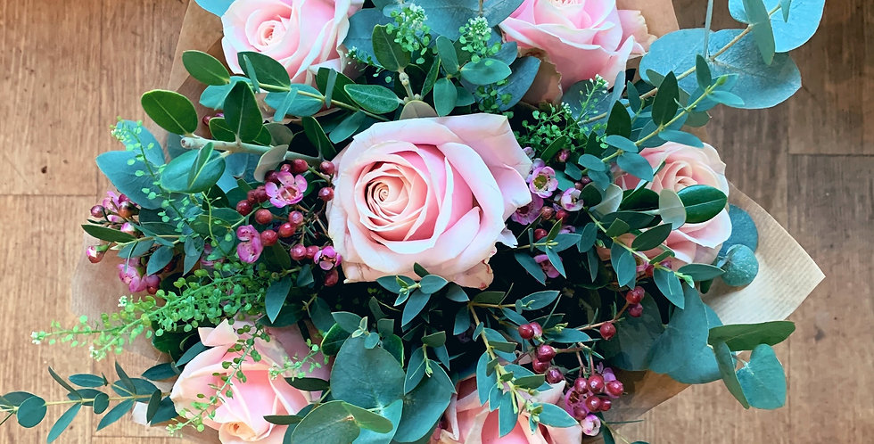 Luxury 1/2 Dozen Rose Bouquet