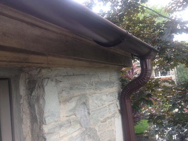 Half round gutters, Media PA 19063 - Bonner Master Roofing