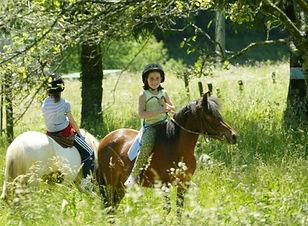 colonies-de-vacances-equitation.jpg