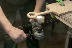 Шлифовка криволинейных поверхностей щетка Комбо Флекс
